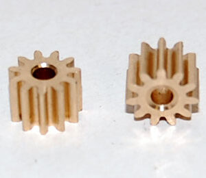 11T brass pinion (2x)