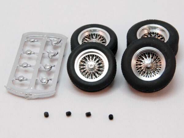 Full set (front 20x7 + rear 22x9) of classic wheels with tires - for 2,5 mm. axles